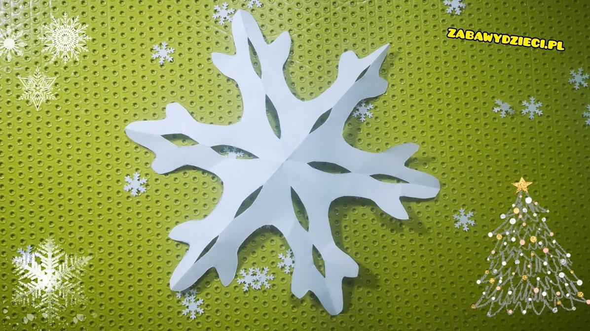 jak robi się śnieżynkę z papieru DIY